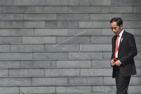 Jokowi Panggil 4 Menteri, Apa yang Dibahas?